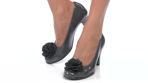 Women's Aerosoles Over_Role Pumps - image 2 from the video