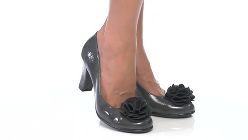 Women's Aerosoles Over_Role Pumps - image 6 from the video