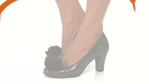 Women's Aerosoles Over_Role Pumps - image 8 from the video