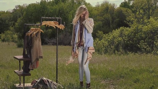 Gimmicks by BKE: Outfits for Summer - image 7 from the video