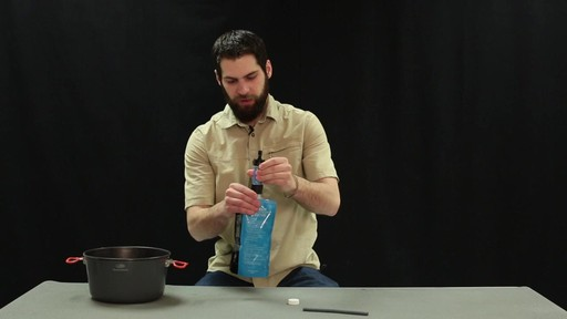 SAWYER Mini Water Filter - image 6 from the video
