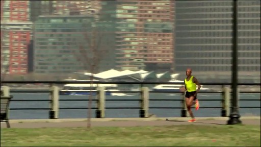 GARMIN Forerunner 610 - image 9 from the video