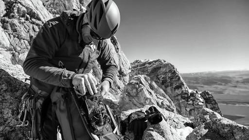 BLACK DIAMOND Men's Alpine Start Hoodie - image 4 from the video