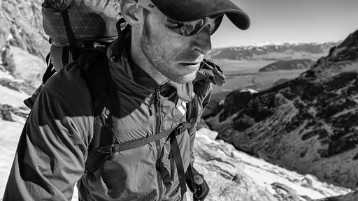 BLACK DIAMOND Men's Alpine Start Hoodie - image 7 from the video