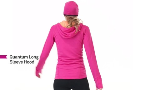 ICEBREAKER Women's Quantum Hoodie - image 6 from the video