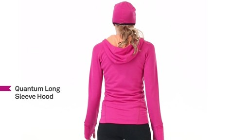 ICEBREAKER Women's Quantum Hoodie - image 7 from the video