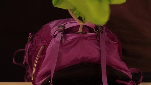 OSPREY Women's Sirrus 24 Dackpack - image 7 from the video
