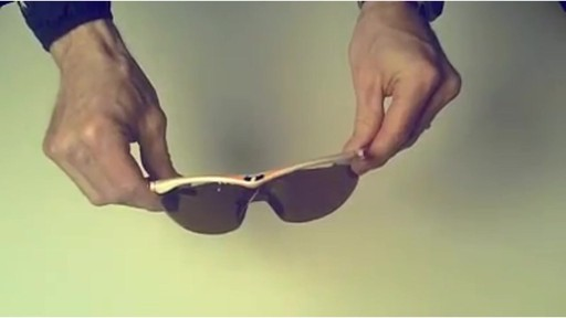 TIFOSI Lens Changing Instructions - SLIP MODEL - image 10 from the video