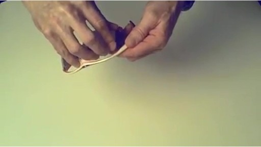 TIFOSI Lens Changing Instructions - SLIP MODEL - image 8 from the video