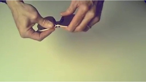 TIFOSI Lens Changing Instructions - SLIP MODEL - image 9 from the video
