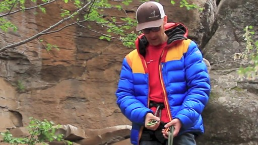 METOLIUS Gatekeeper Carabiner - image 5 from the video