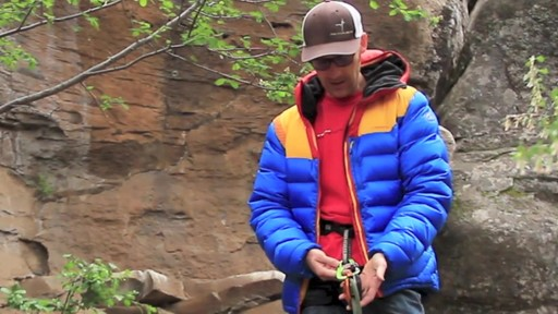 METOLIUS Gatekeeper Carabiner - image 6 from the video