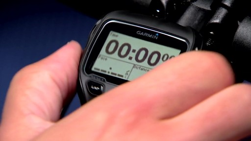 GARMIN Forerunner 910XT Tri Bundle - image 10 from the video