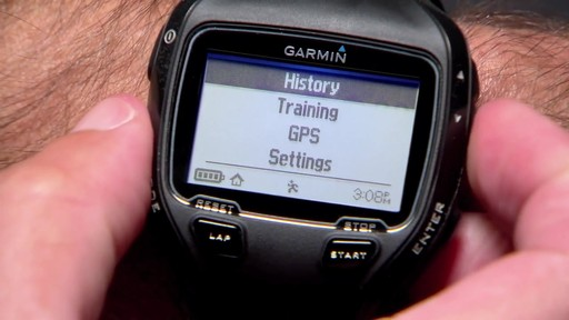 GARMIN Forerunner 910XT Tri Bundle - image 5 from the video