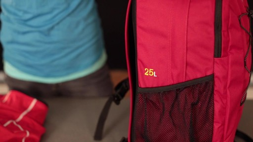 EMS Drifter Daypack - image 3 from the video