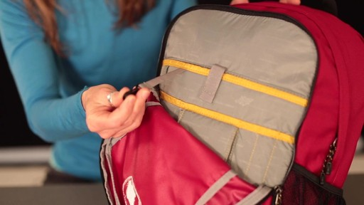 EMS Drifter Daypack - image 6 from the video