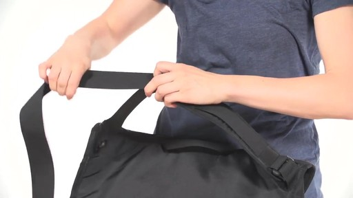TIMBUK2 Catapult Cycling Messenger Bag - image 9 from the video