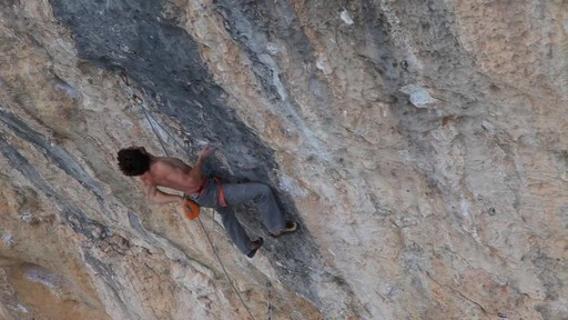 Foot Smearing - Climbing Techniques with Joe Kinder - image 1 from the video