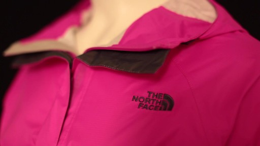 THE NORTH FACE Women's Venture Jacket - image 8 from the video