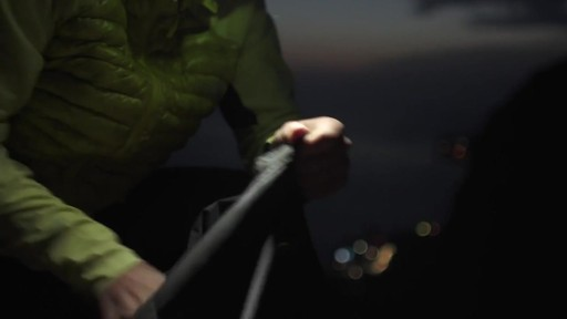THE NORTH FACE Verto Micro Hoodie - image 9 from the video