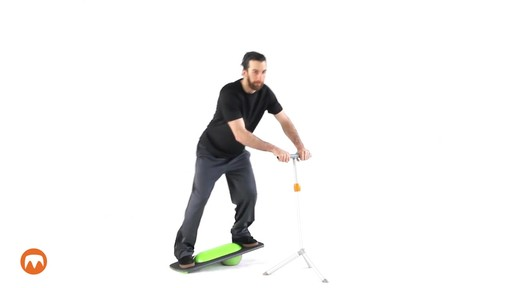 MODERN MOVEMENT M-Board 1.1 Balance Board - image 2 from the video