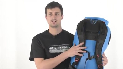 SEA TO SUMMIT Hydraulic Dry Bags and Packs - image 9 from the video