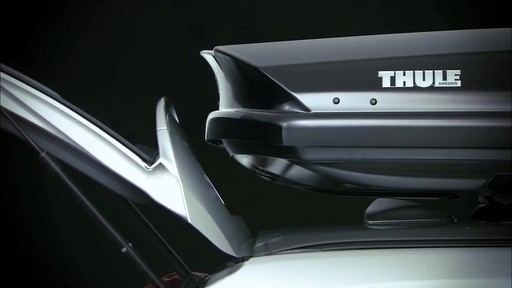 THULE Dynamic 900 Chrome Limited Edition Cargo Box - image 7 from the video