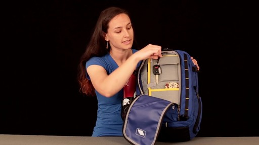 EMS Atlas Daypack - image 7 from the video