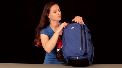 EMS Atlas Daypack - image 9 from the video