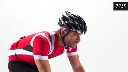GORE BIKE WEAR Men's Oxygen Full-Zip Jersey - image 10 from the video