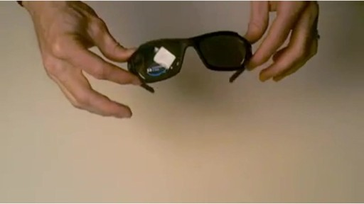 TIFOSI Lens Changing Instructions - Dolomite Model - image 9 from the video