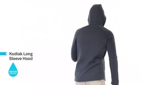 ICEBREAKER Men's Kodiak Hoodie - image 7 from the video