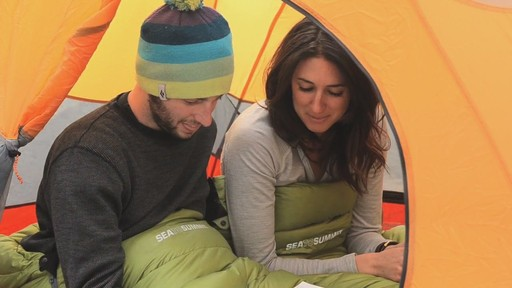 SEA TO SUMMIT Traverse II 12° Sleeping Bag - image 1 from the video