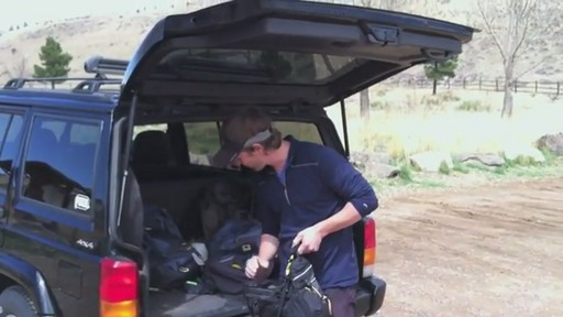 Mountainsmith Daylite Lumbar Pack - image 5 from the video