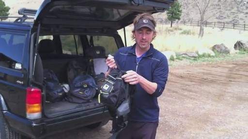 Mountainsmith Daylite Lumbar Pack - image 6 from the video