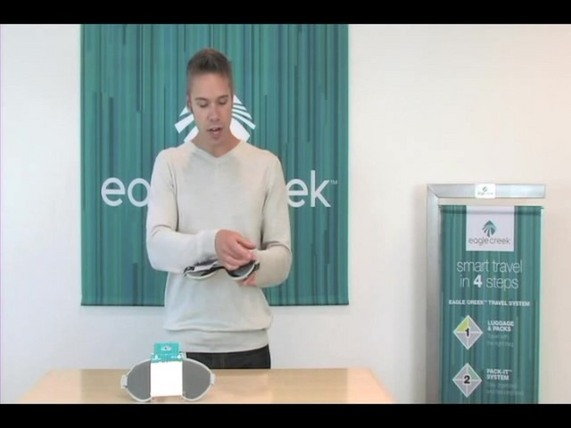 EAGLE CREEK Sandman Eyeshade - image 4 from the video
