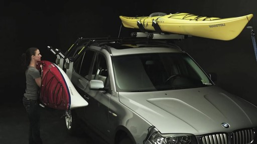 THULE Hullavator Features - image 3 from the video