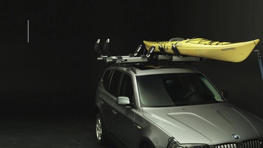 THULE Hullavator Features - image 7 from the video