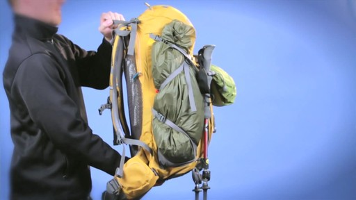 CAMELBAK Vantage Hydration Pack - image 7 from the video
