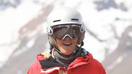 SMITH I/OS Snow Goggles - image 6 from the video